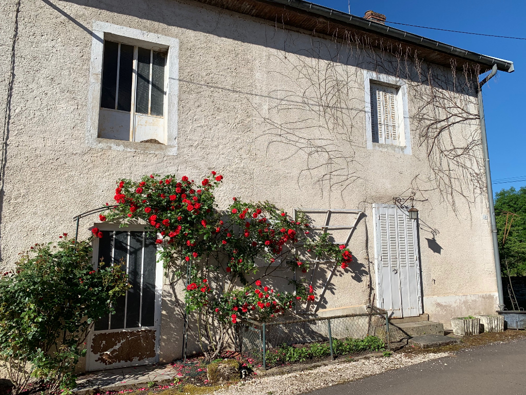 Maison de village typique