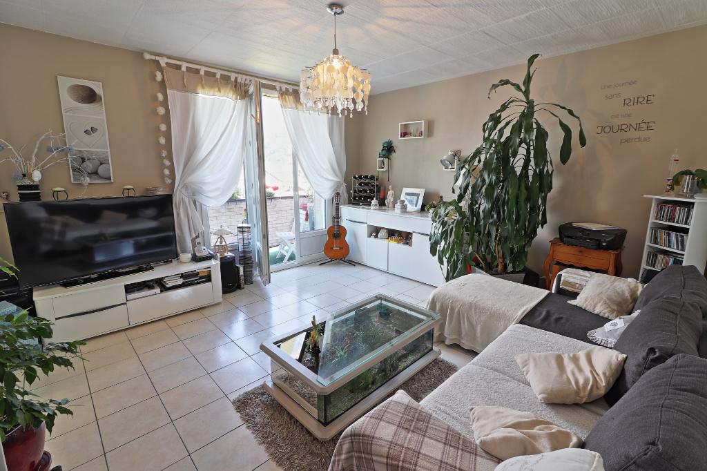 Appartement T4 - Faverges (74210) - 167 000  - 67,5 m² environ