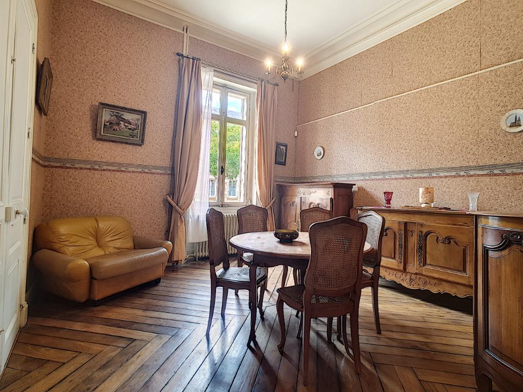 Maison Alencon 12 pièce(s) 221 m2