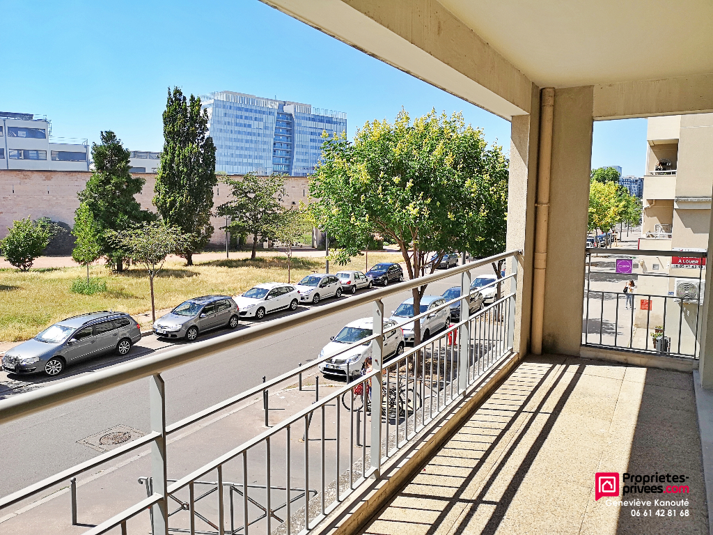 Appartement T4 de 76 m² proche Part Dieu face au Fort de Montluc