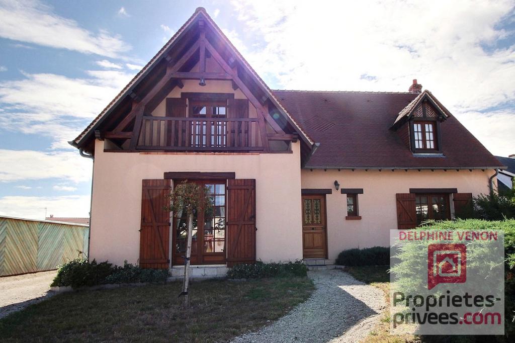 Exclusivité - Maison de 187 m² + double garage sur 1190 m² de terrain à Châteauneuf sur Loire