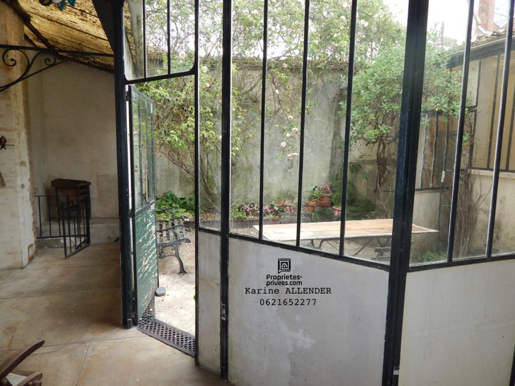 Maison Villeneuve L Archeveque 10 pièce(s) 302 m2