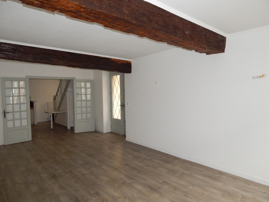 Maison St Julien Du Sault 4 pièce(s) 94 m2