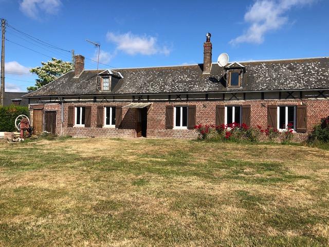 Proche  Etrepagny, maison normande 114 m2 plain-pied sur 903 m² de Jardin