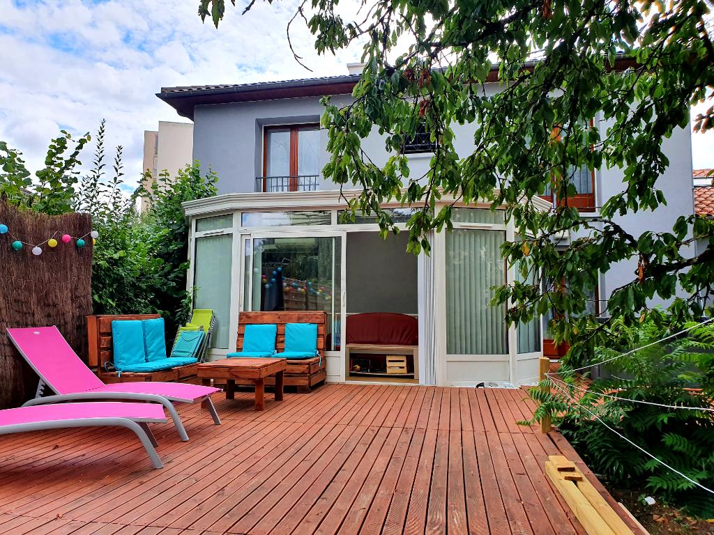 Maison Poitiers 8 pièce(s) 238 m2