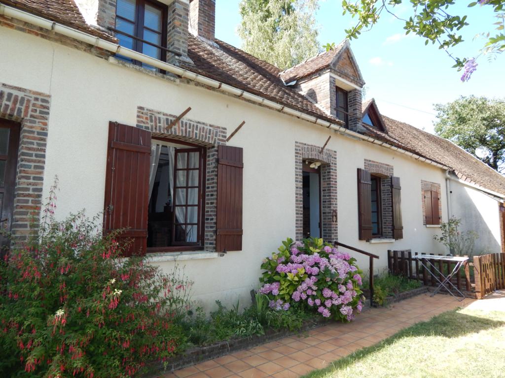Maison Villeneuve L Archeveque 4 pièce(s) 100 m2