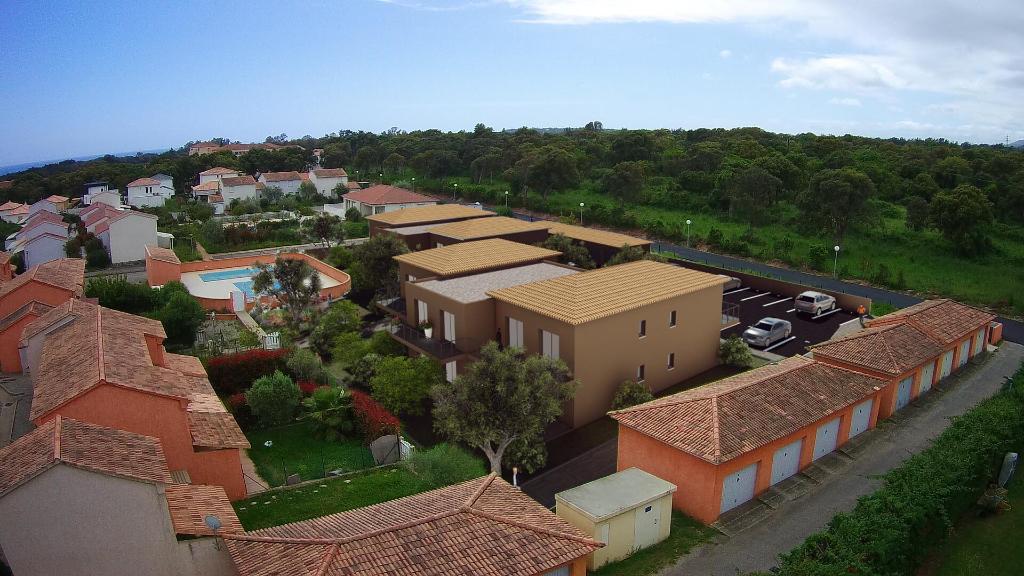 Appartement Cervione 3 pièce(s) 66.4 m2