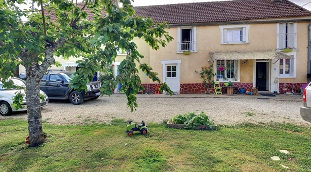 Maison Saint Cyr Les Colons 7 pièces 163 m2