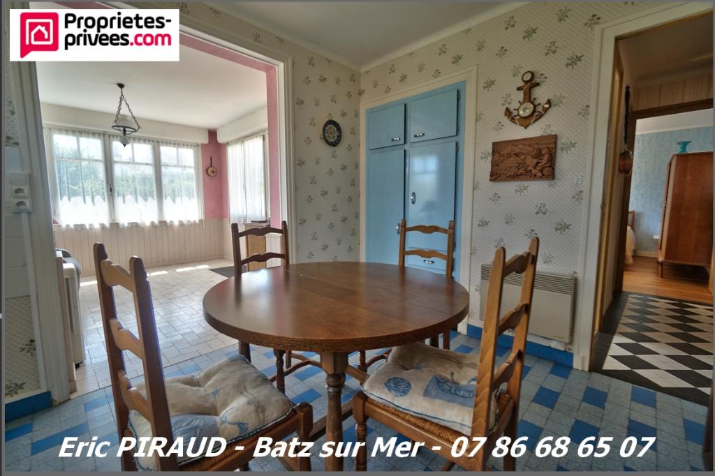 BATZ SUR MER maison à rafraîchir de 100 m²