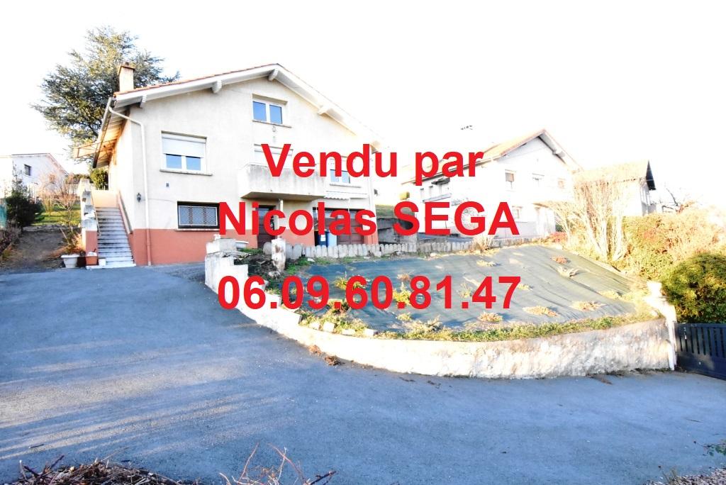 Unieux, 42240, Maison 3 chambres sur 874 m² de terrain