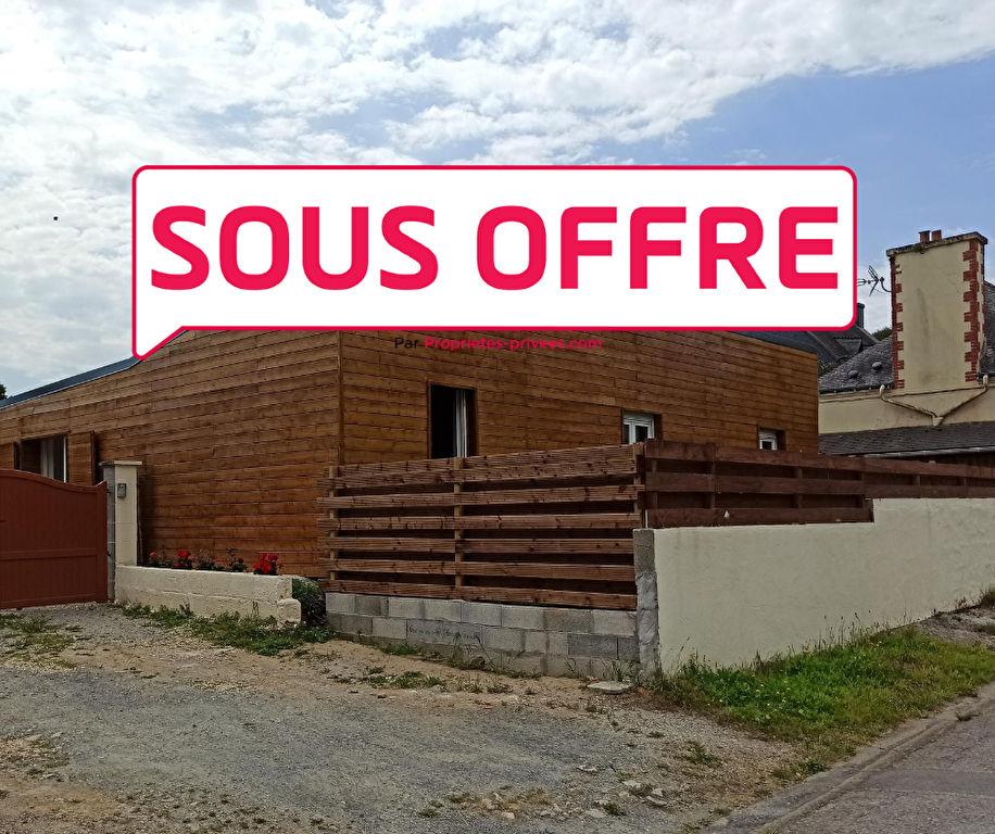 Maison dans centre bourg à moins de 2 km de la voie expresse