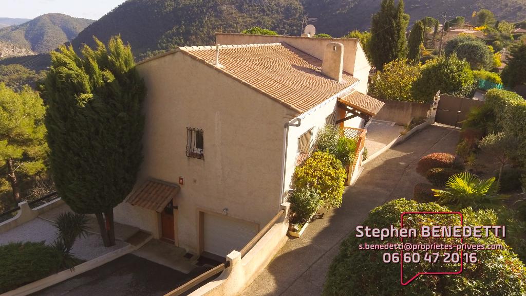 Maison individuelle de 6 pièces 232 m², Terrain 1600 m²