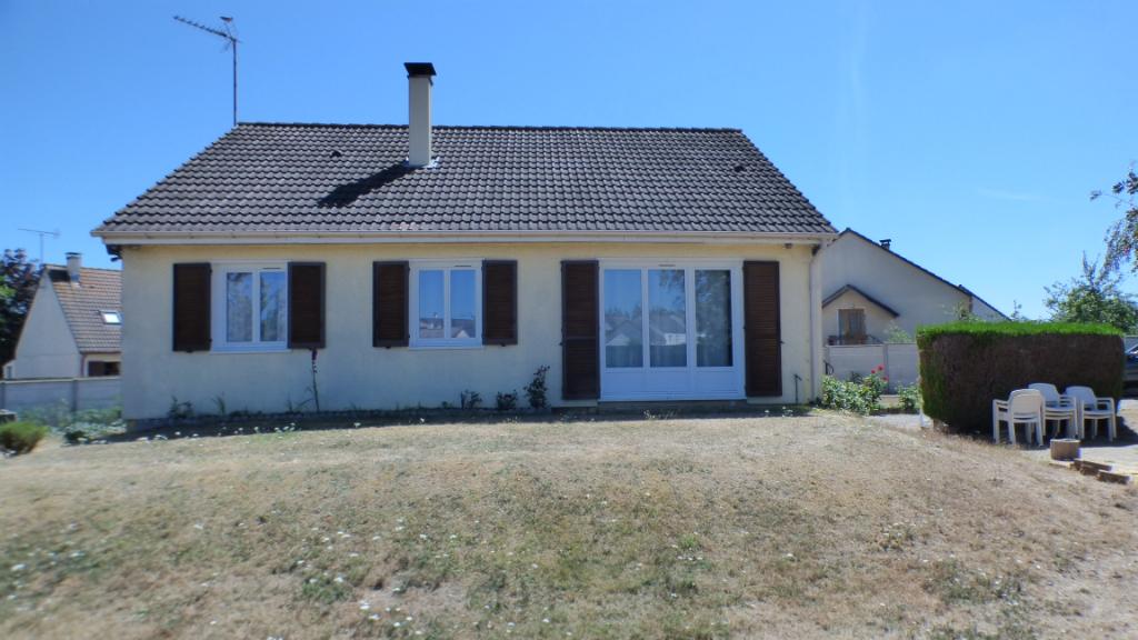 SAINT LUBIN DES JONCHERETS 28350 Maison individuelle - 3 chambres - Sous sol total - Terrain - Cabanon de jardin - 171 583  HAI