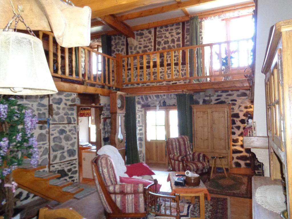 Laussonne(43) maison en pierres 100 m2 habitables, 3 chambress