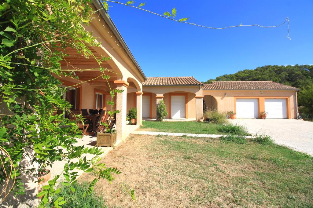 Villa plain pied 176 m² à Bragassargues