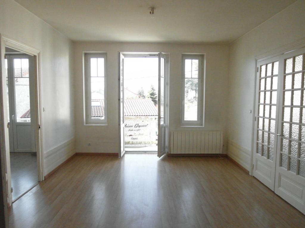 Immeuble 43140 Saint Didier en Velay 260m²