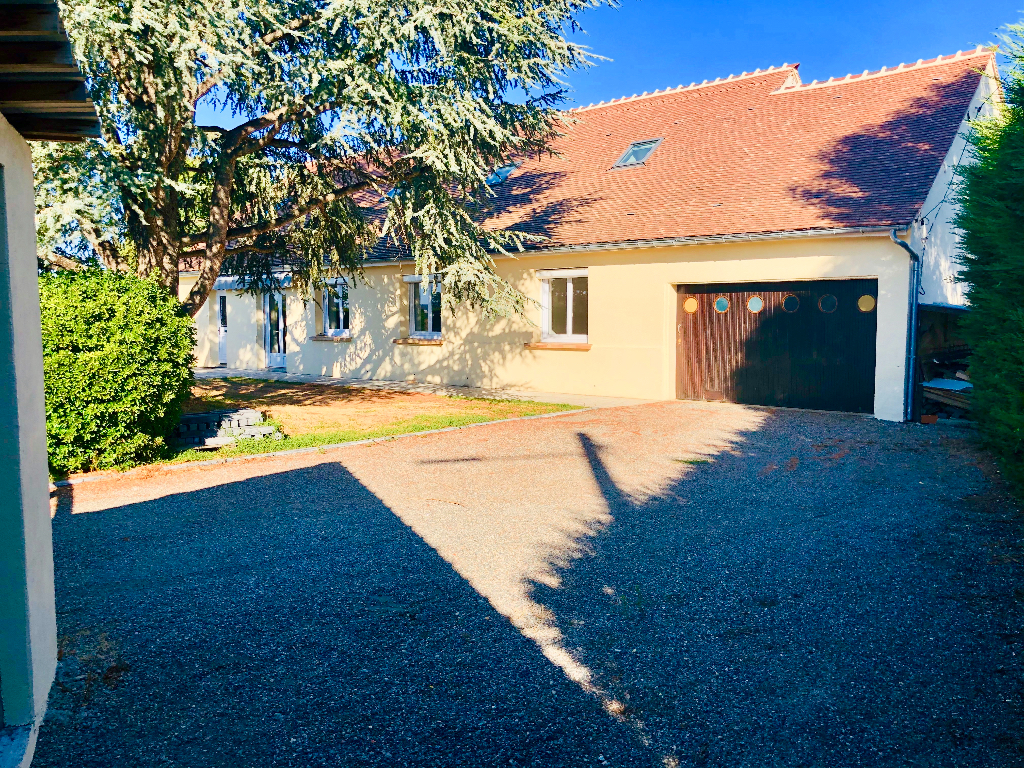 Maison Langeron 300 m2, 6 ch à 20 min de Nevers