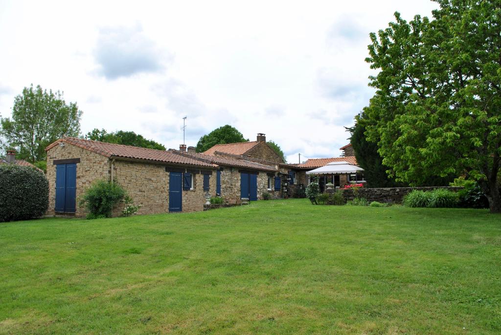 Maison avec piscine 6 pièce(s) 266 m²