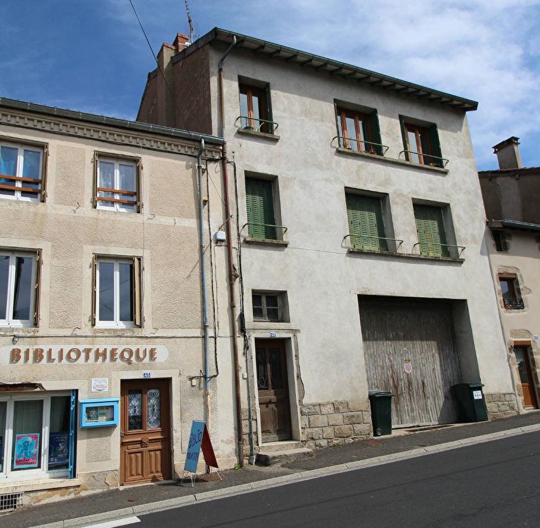Immeuble Saint Antheme 10 pièce(s) 130 m2