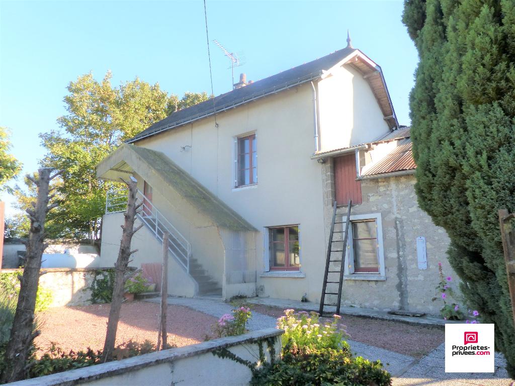 Maison ancienne - 10 mn  de Chinon  - 3 pièce(s) 62 m2 et jardin