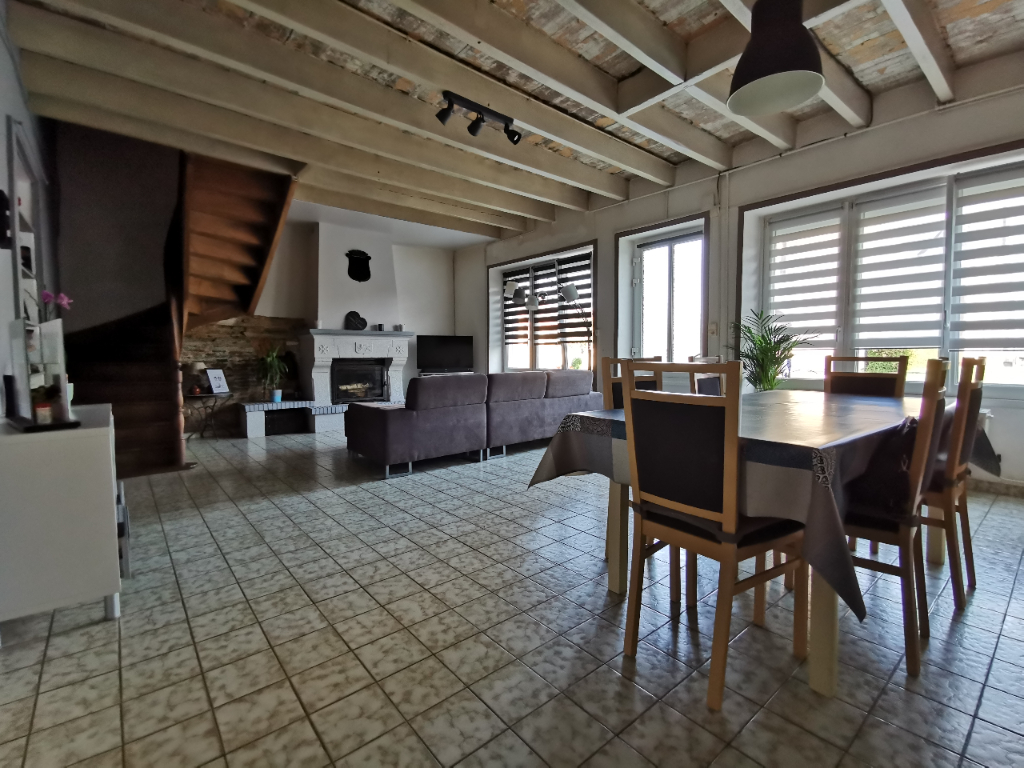 Maison  160 m² - 4 chambres + 1 bureau