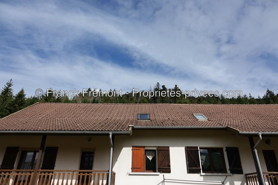 Maison jumelée en montagne - Droite