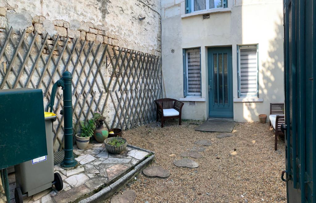 Maison de ville à Niort