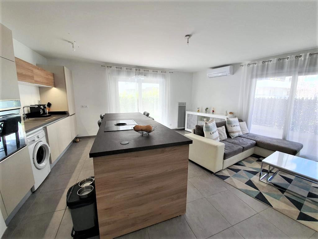 Cannes La Bocca (06150) 3 pièces 66  m2 + Rez de jardin + terrasse + Parking