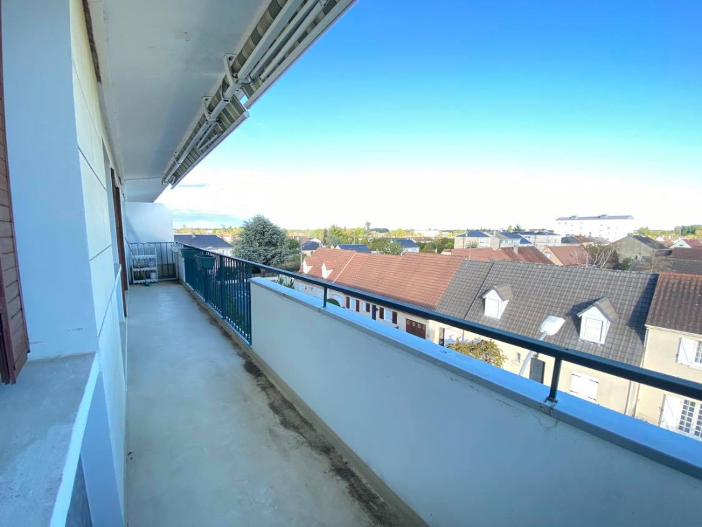 36000 CHATEAUROUX - Appartement 3 chambres avec balcon