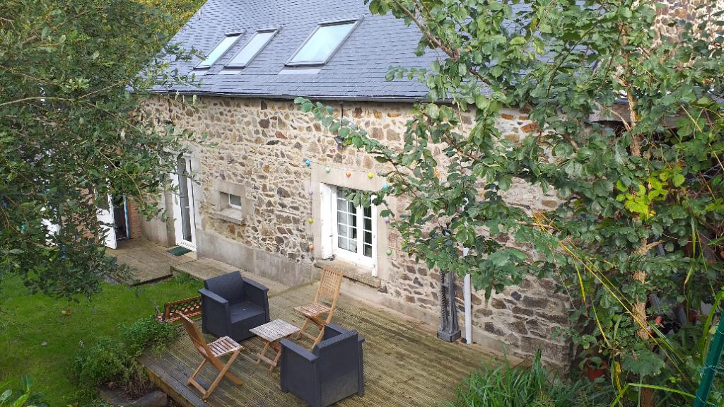 Maison Gommenec'h 4 pièce(s) 88 m2