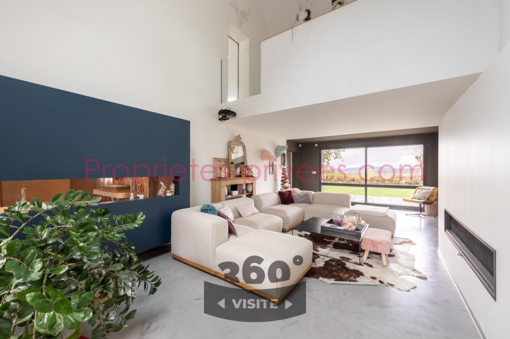 Maison d'architecte Orgelet 7 pièce(s) 265 m2