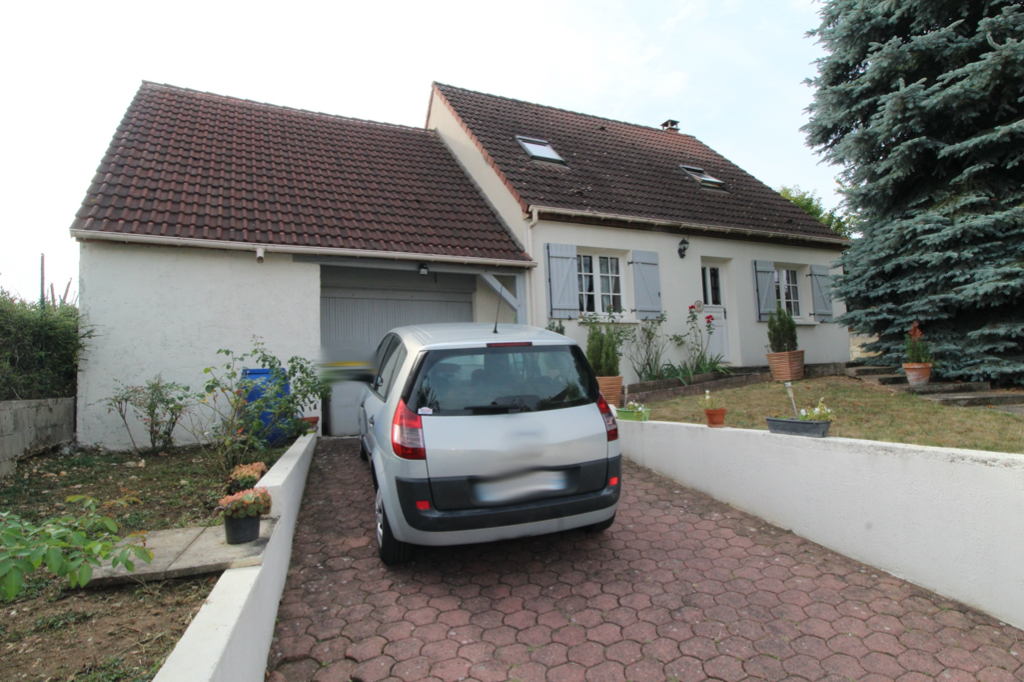 Maison Villeneuve Sur Yonne 4 pièce(s) 94 m2