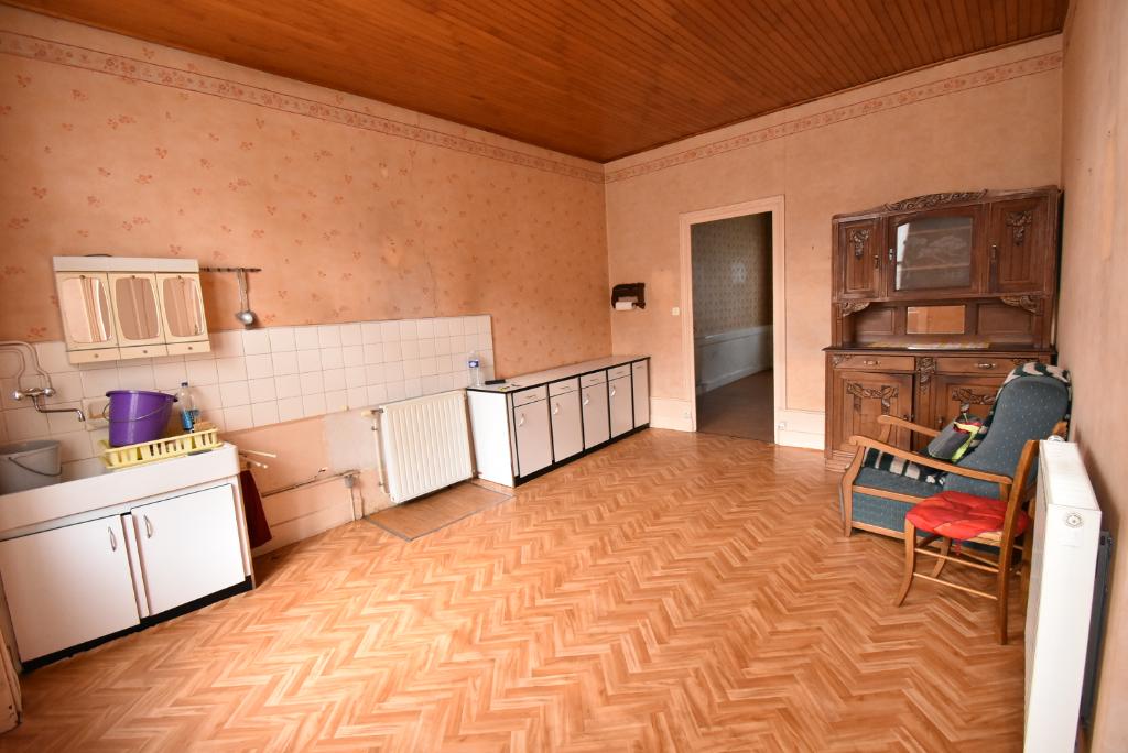 St Pal de Mons, 43620, appartement T2 de 52 m² en rez de jardin