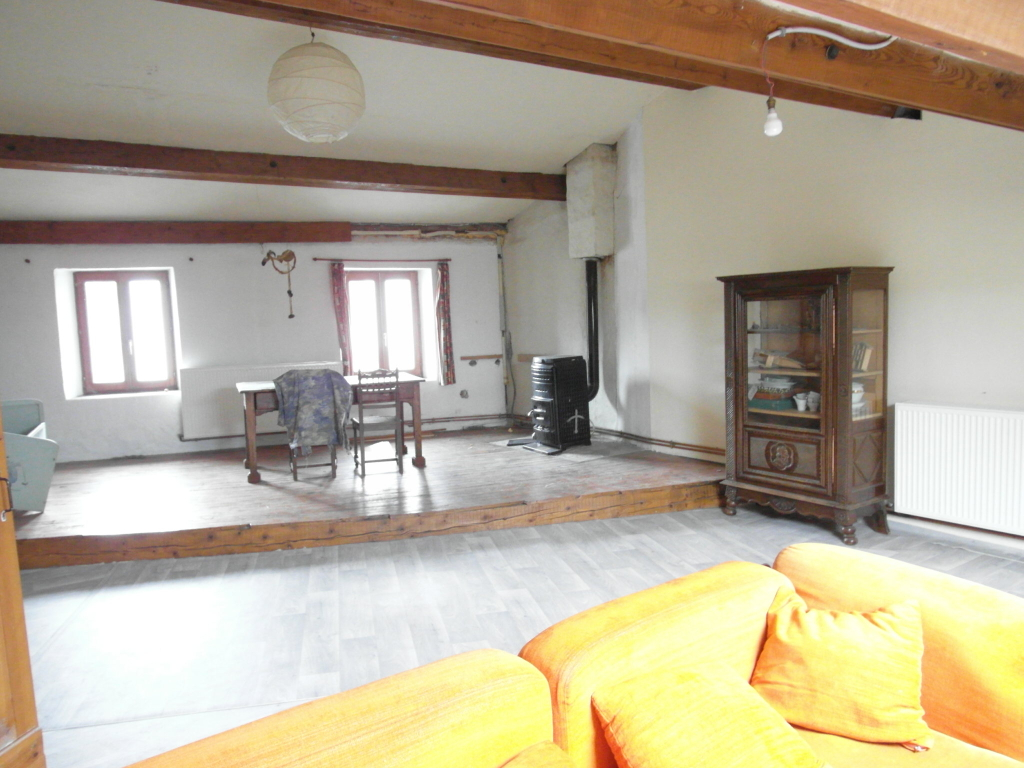 Maison de village Le Bessat 200 m² 5 chambres