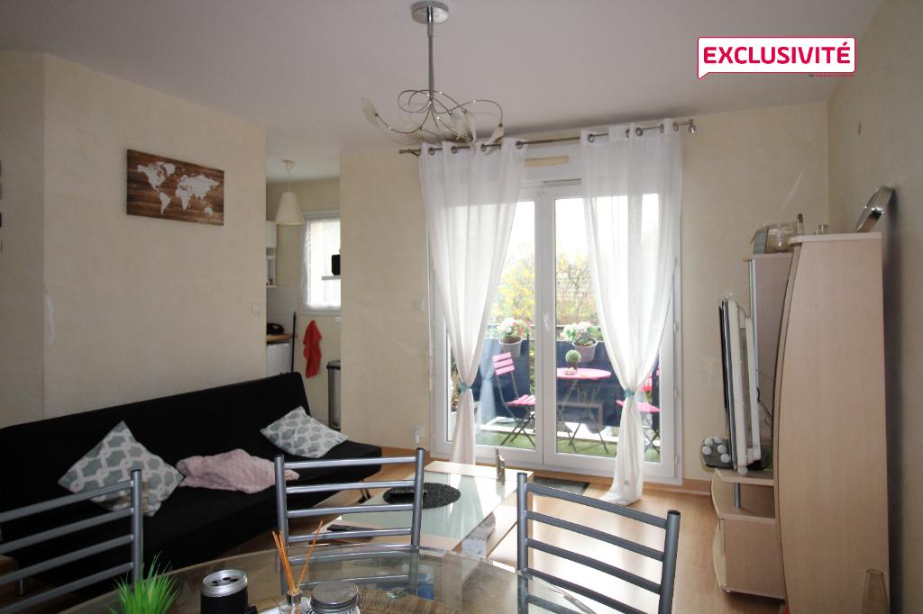 Appartement Elven 2 pièce(s) 45 m2
