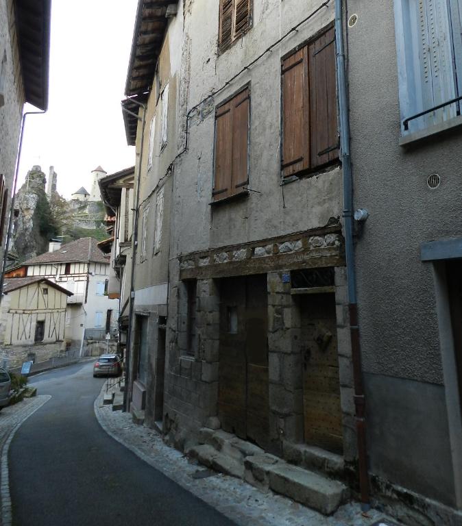 Maison de village Laroquebrou 85 m² 4 pièces