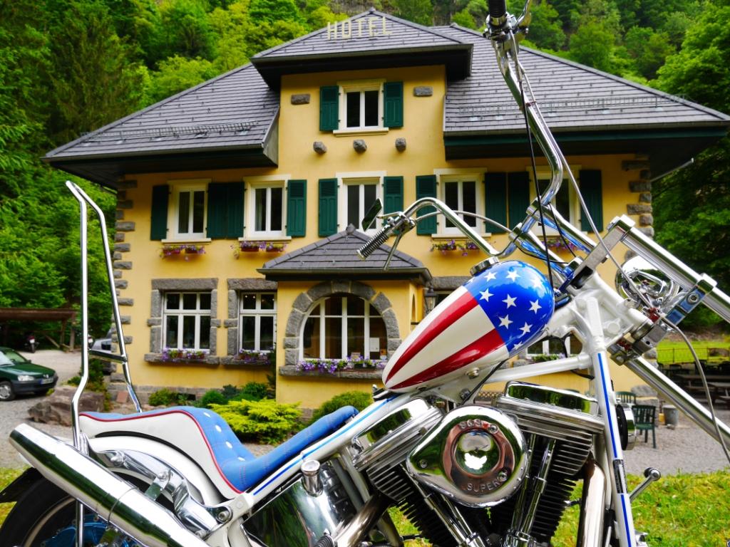 Exclusivité - Moto-Hôtel du Col de Bussang - Murs