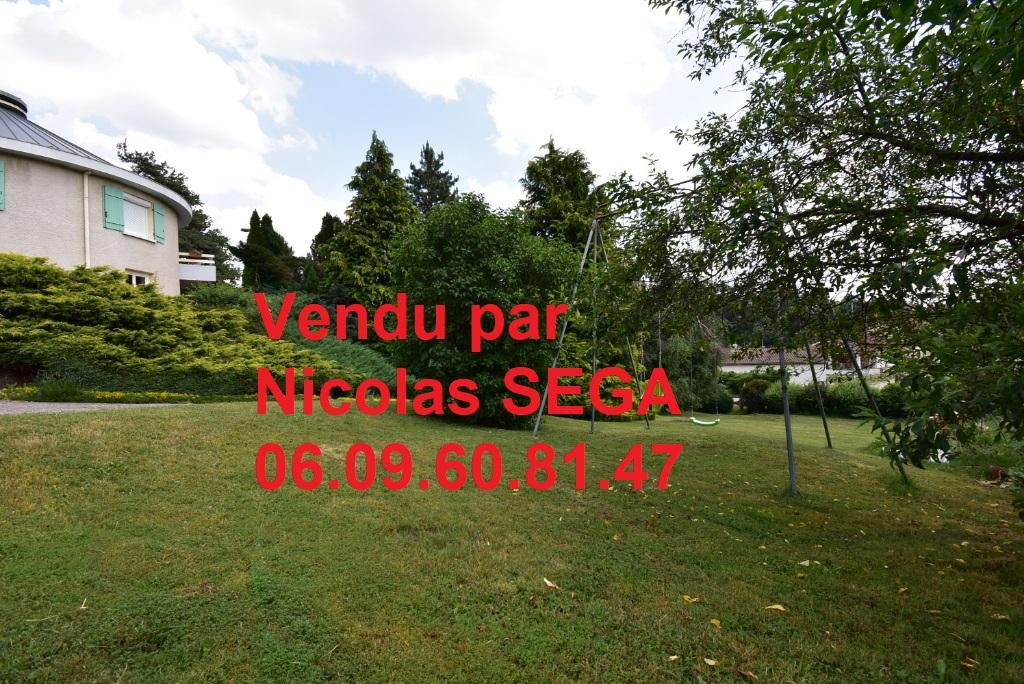 St Pal de Mons, 43620, maison 125 m² 3 chambres un bureau sur 2016 m² de terrain