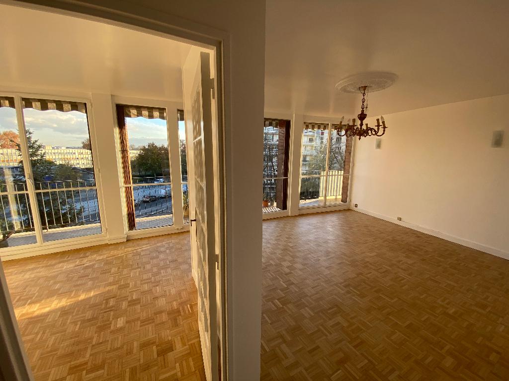 EXCLUSIF  !  PARIS  XII  Quartier BEL AIR  Très Bel Appartement de  4 pièce(s) 769 000