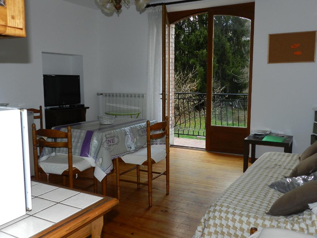Maison Cransac 8 pièce(s)  3 appartements 150 m2