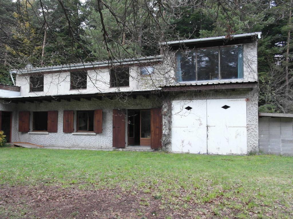 Maison Marlhes  6 pièces 124m² sur 2140m² de terrain 110 000