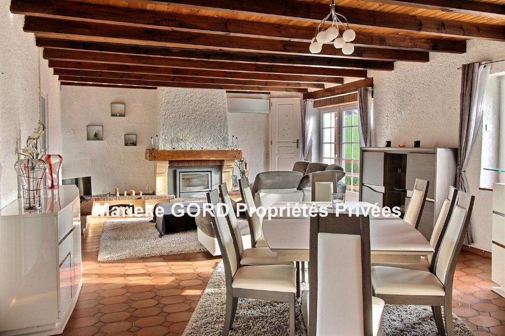 Maison Beauzac 6 pièces 140 m² 3 chambres sur 3960 m² de terrain
