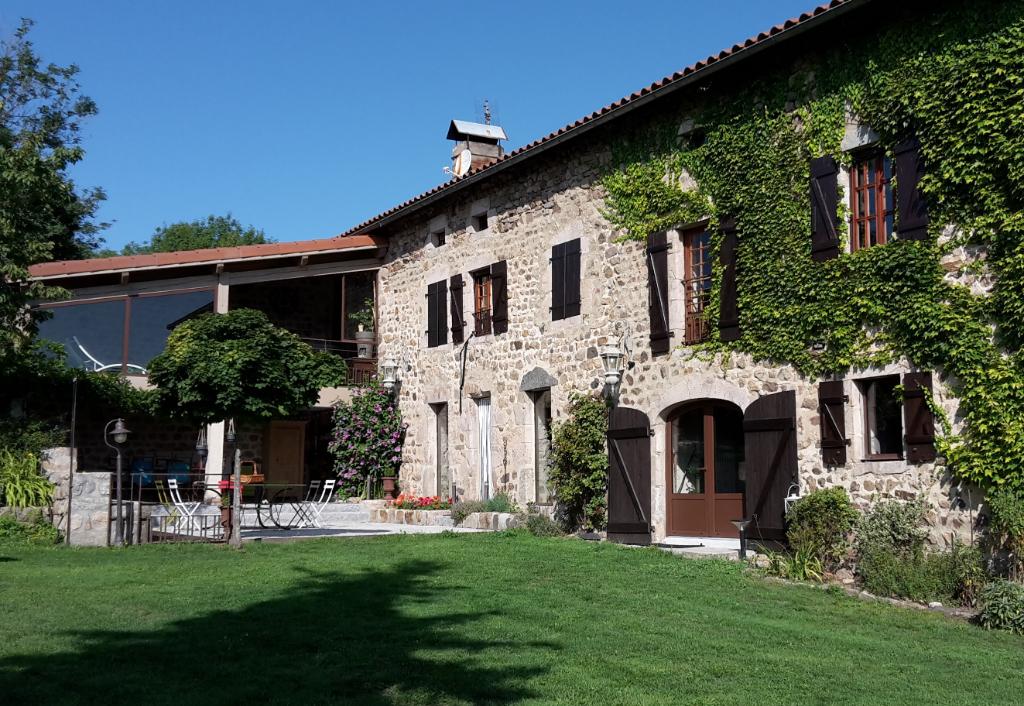 Magnifique maison en pierre entièrement rénovée Saint Julien d'Ance 10 pièce(s) 280 m², 2294 m² terrain
