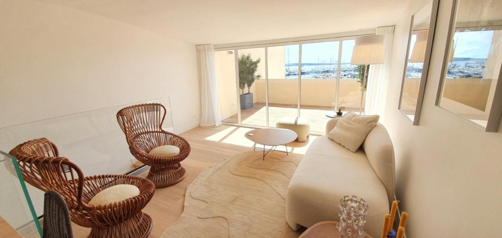 Cannes vieux port, Penthouse en duplex 108m2 vue mer