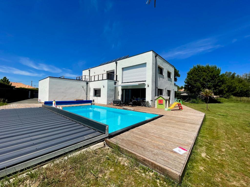 A vendre, Maison 6 pièce(s) 173 m²