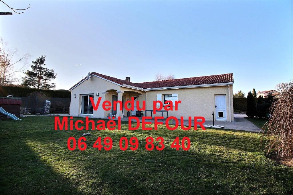 Maison plain-pied Les Villettes 5 pièces 96m² habitables 3 chambres sur environ 800m² de terrain