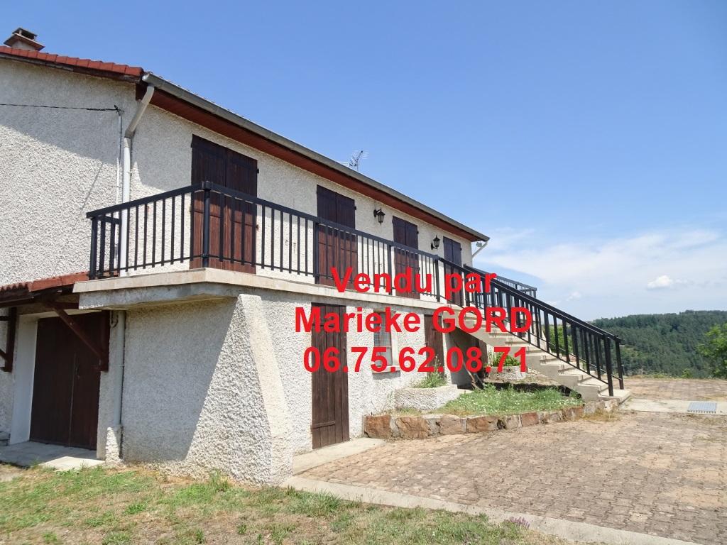 Maison Beauzac 85.5m² sur 13 000 m² de terrain