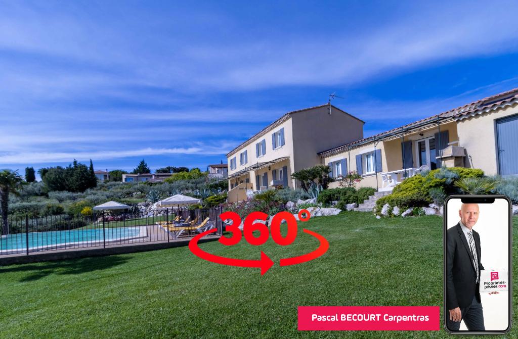 Belle propriété de 3 maisons à Le Barroux (84330) 15 pièce(s) 236 m2 avec une vue incroyable