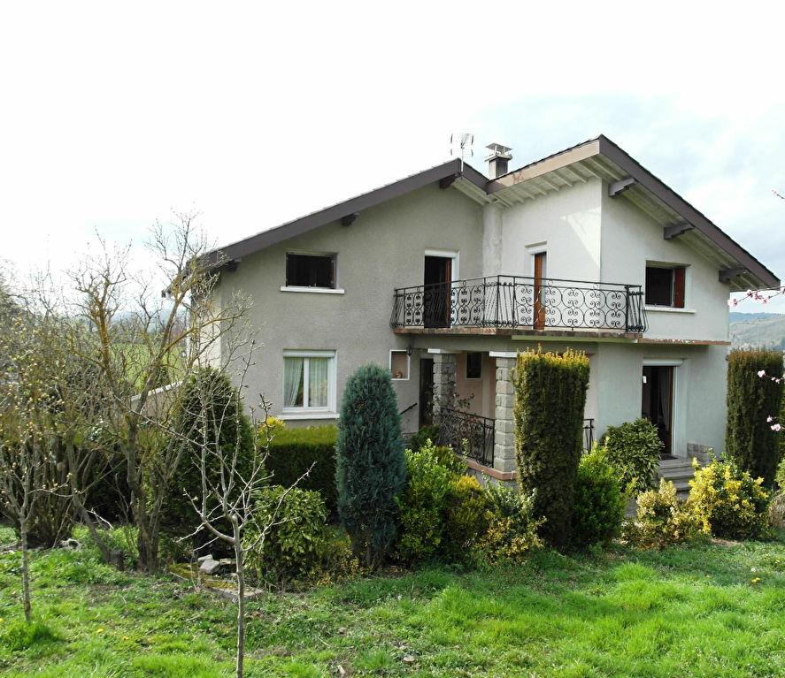 Maison Unieux 9 pièces 161.67 m² 5 chambres + dépendances sur  900m² de terrain
