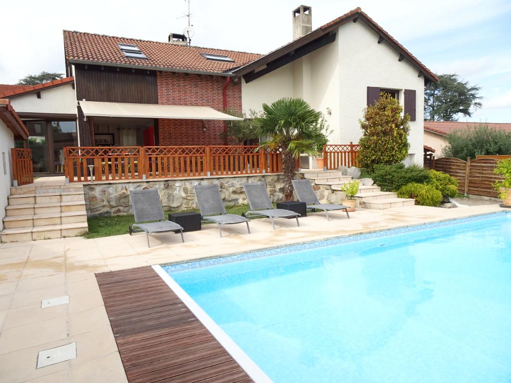 Magnifique villa bas en basset 5 chambre, 154 m² habitable avec piscine